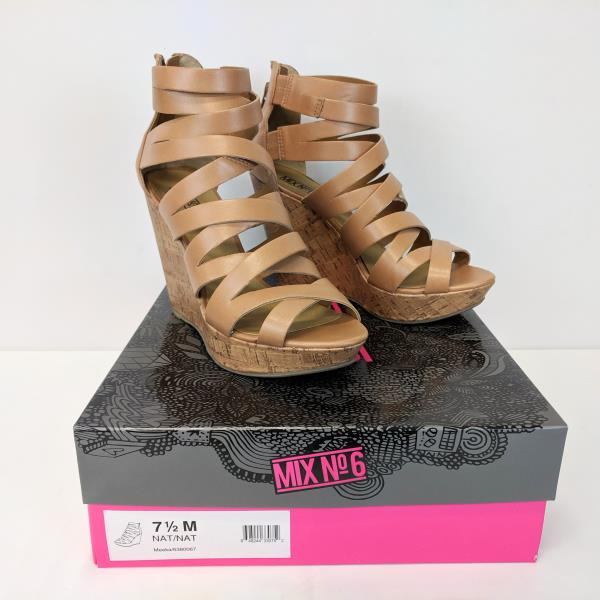 Mix No 6 Strappy Sandals Wedges  Meeka Natural Size 7 1/2M