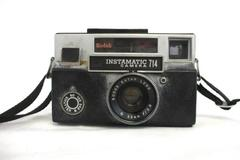 Kodak 174 Instamatic Camera w/ Flash and strap