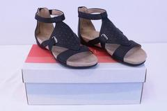 SOUL Naturalizer Avonlee Black Shield Sandals US 5M - New In Box