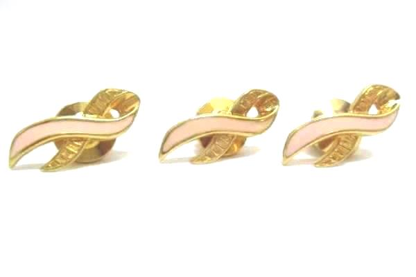 Lot Of 4 Breast Cancer Awareness Pin Backs  Avon and 1996 5th Annual Race