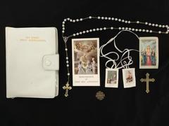 Vtg My First Holy Communion Marian Childrens Mass Book Rosary Prayer & Card Set