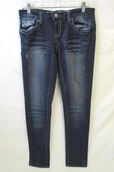 Pair Of Women's Navy-Blue Blue Jeans By Vanilla Star Size 9 64% Cotton