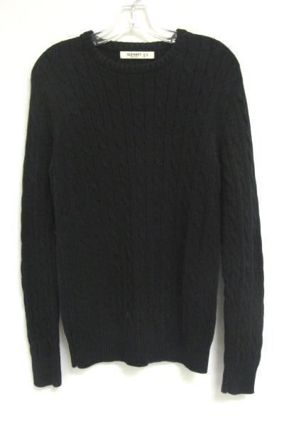 Old Navy Women's Black Long Sleeved Cable Knit Sweater Size S