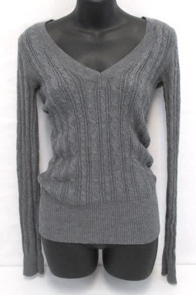 2 Knit Pullover Tops Logg H&M Cream Turtle Neck Gray Cable Knit V Neck Women's S