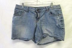 Jean Shorts Apt 9 Light Blue 98% Cotton 2% Spandex Women's Size 14