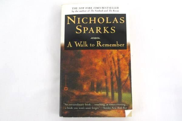 Lot of 5 Romance Fiction Novels Books Nicholas Sparks Gayle Forman