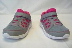 Zoe & Zac Pierice II Grey & Pink Easy Fasten Sneaker Girls Shoe Size 8