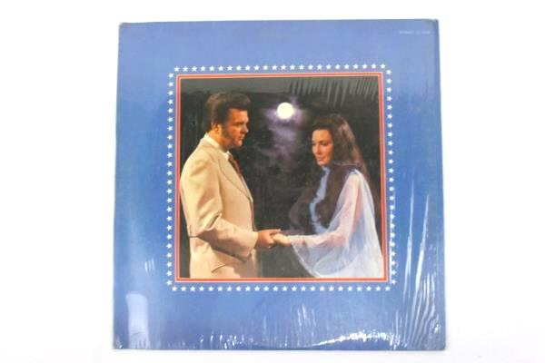 "Loretta Lynn & Conway Twitty ""Lead Me On"" 1971 12"" Vinyl 33 RPM LP Record"