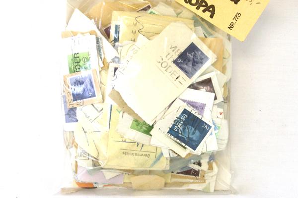 100 Gram Bag Kilovare-Blanding Europa Canceled Stamps NR773 Stamp Collector Lot