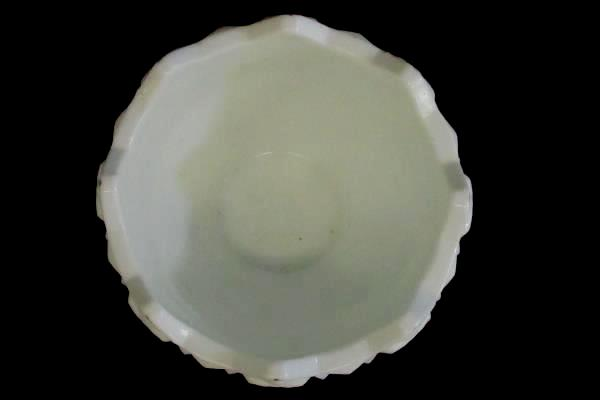 Westmoreland Milk Glass Bowl W/ Quilt Pattern Gold Lines Saw Tooth Edge