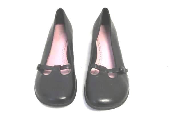 Women's Black Short Heeled Flats By Lower East Side Size 7