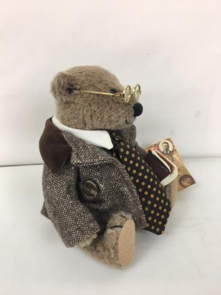 The Bears of Sagamore Hill Theodore Roosevelt Bear Midwest of Cannon Falls