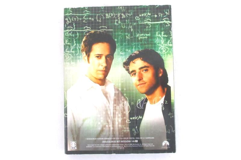 NUMB3RS: The Complete First Season Numbers 4-DVD Box Set 2006