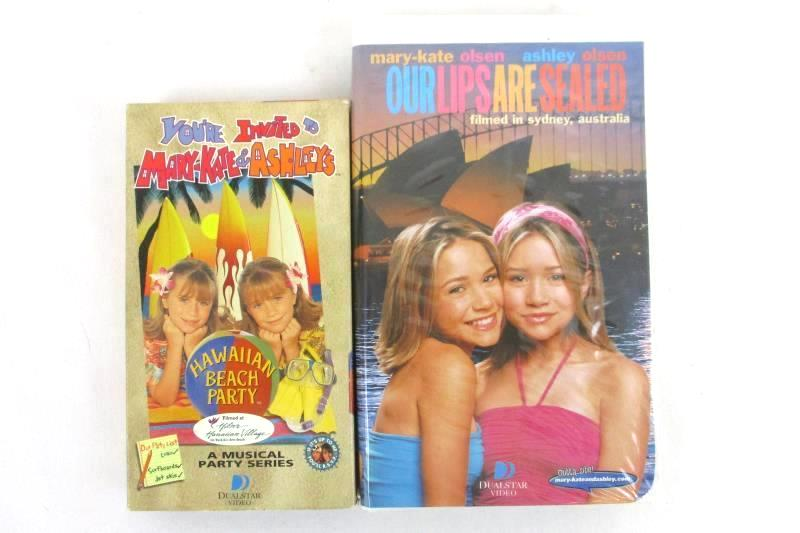 Lot of 2 VHS Mary-Kate and Ashley's Hawaiian Beach Party & Our Lips Are Sealed