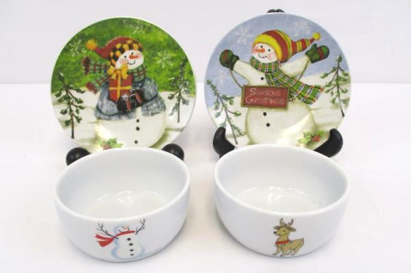 """Lot of 4 Mixed Christmas Holiday Dishes 4"""" Berry Dessert Bowls 6"""" Snowman Plates"""