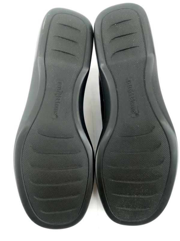 "AUDITIONS ""Gina"" Slip On Shoes Loafers Black Leather Saddle Stitch Sz 8 NIB"
