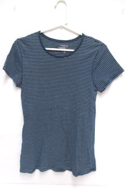 Lot of 2 Women's Tops Crop Top Short Sleeve Size XL