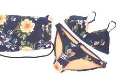 Triangl Bikini Set Women's Swimwear Bottom M Top S Neoprene Navy Coral Floral
