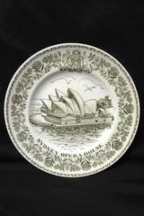 """Wood & Sons Plate The Sydney Opera House  -Brown And White- 10"""""""
