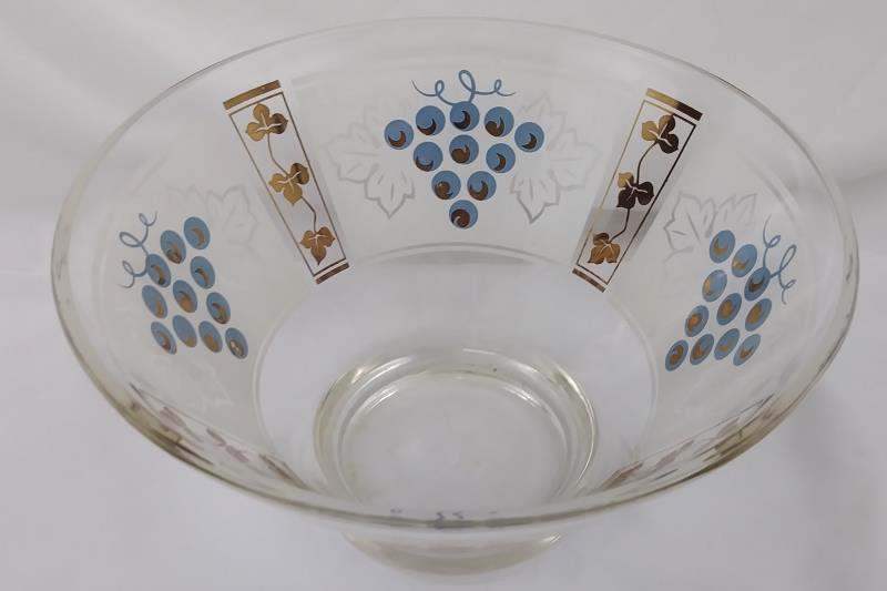 """Mid-Century Modern 10.5"""" Glass Serving Salad Chip Bowl Gold Grapes & Leaves"""