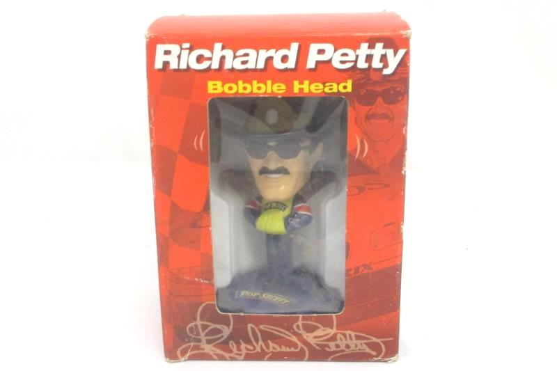 2002 Pop Secret Richard Petty Bobblehead #43 North Carolina Speedway