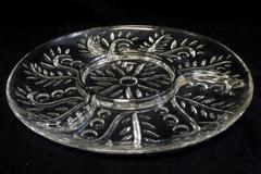 Clear Glass Foliage Appetizer Dish Round