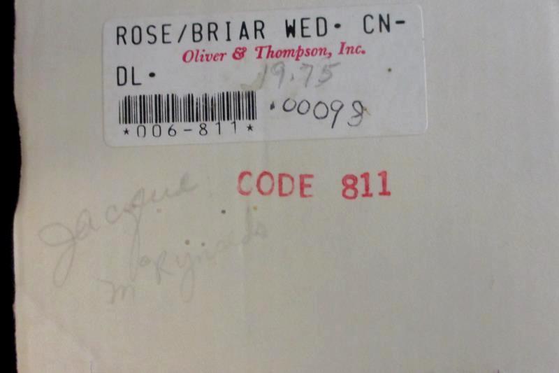 "Oliver & Thompson Rose Briar Wedding Candle 12"" White Octagonal Pillar"