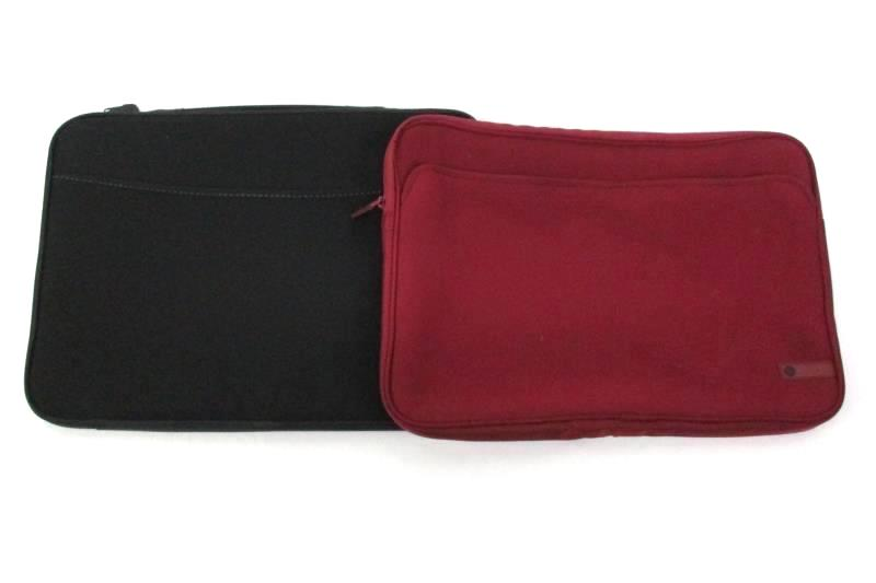 """2 Soft Sided Laptop Cases Burgundy  15"""" HP And 16"""" Black Unbranded"""