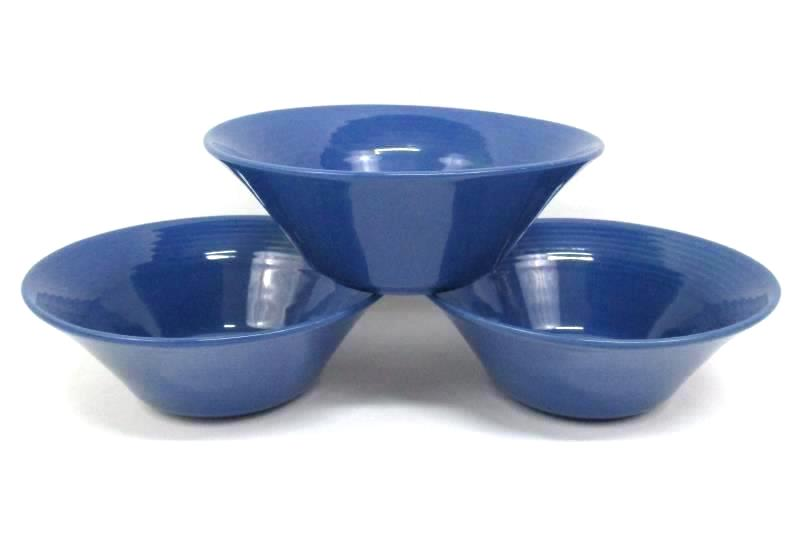 Lot of 17 Winsome China Dishes Blue Dinner / Salad Plates & Bowls