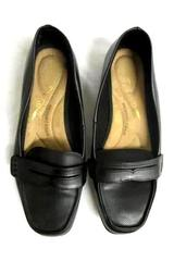 Women's Shoes Loafers Time And Tru Black Size 7.5  Memory Foam Slip On