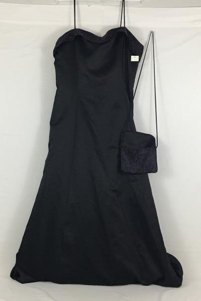 Nadine Women's Black & Plum Prom Wedding Party Formal Gown Dress Size 19 Purse