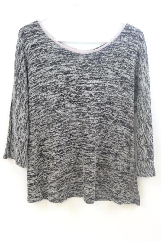 Tutta Bella Maternity Knit Sweater Sz Small Gray Pink Bows Semi Open Back Top
