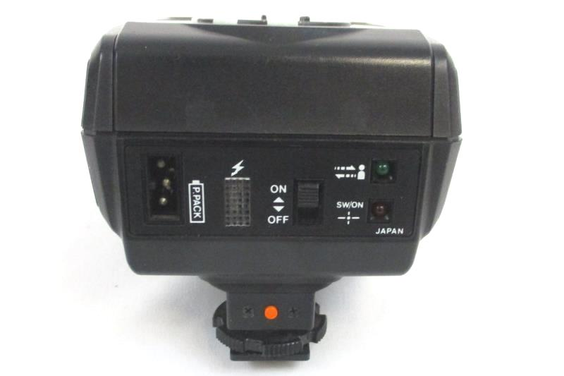 Popular 30 THB Camera Auto Flash Bounce Shoe Mount with Case