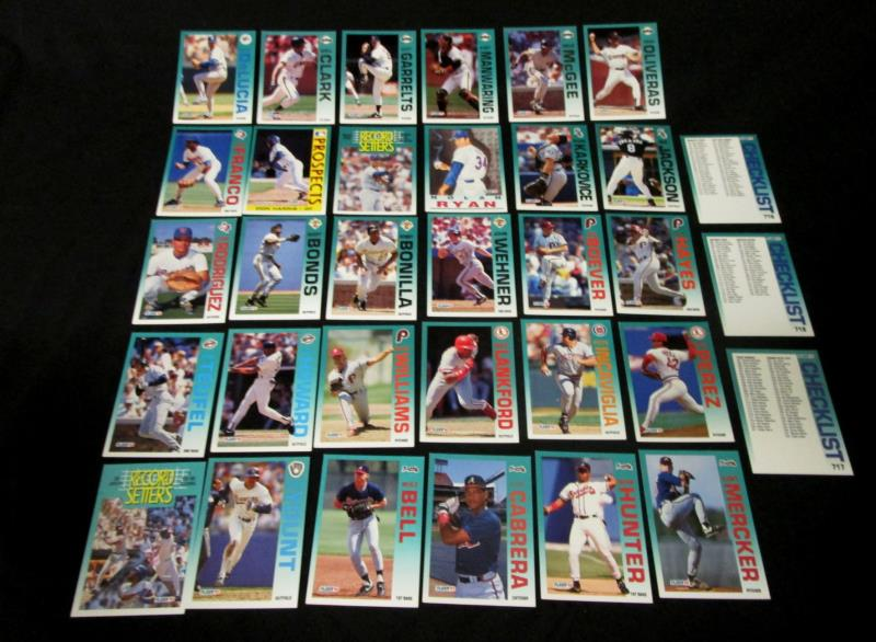Lot of 90 Vintage Fleer Baseball Cards Random 1992