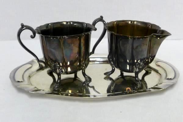 Vtg WM Rogers Silverplated Footed Creamer & Sugar with a Small Serving Tray