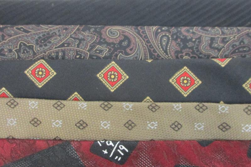 Lot 5 Men's Neck Ties Textured Polyester Silk Pietro di Como Mallory & Church