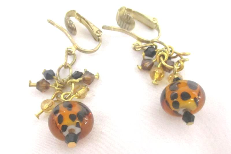 Clip On Earring and Heart Pendant Necklace Set Spotted Glass Beads Gold Tone