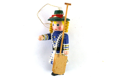 "4"" Hand-Painted Wooden Ornament Soldier Woman with Paddle"