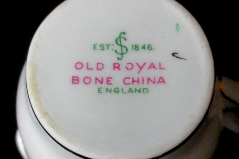 Vintage Old Royal bone China Creamer White Flowers Gold Gild England
