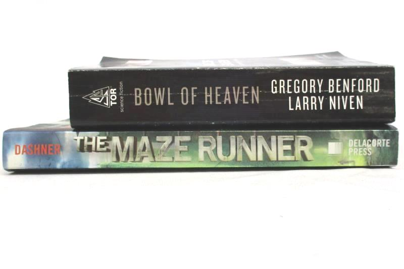 Lot of 2 Science Fiction Novels Paperback Bowl Of Heaven The Maze Runner