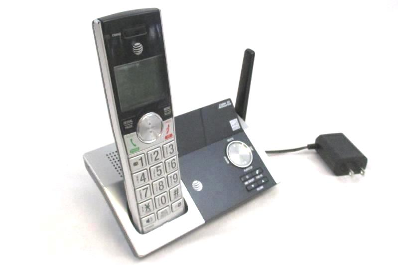 AT&T Model CL82215 Wireless Handset and Base Station Caller ID Announce