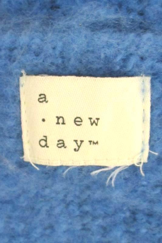 A New Day Knit Shawl Scarf Blue Red Purple Check Fringe