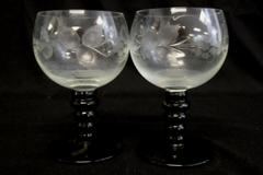 Set of 2 Vintage Roemer Style White Wine Glasses Green Stem Etched Grapes