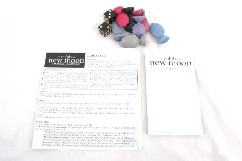 Twilight New Moon The Movie Board Game 2009 Cardinal Summit Metal Tin