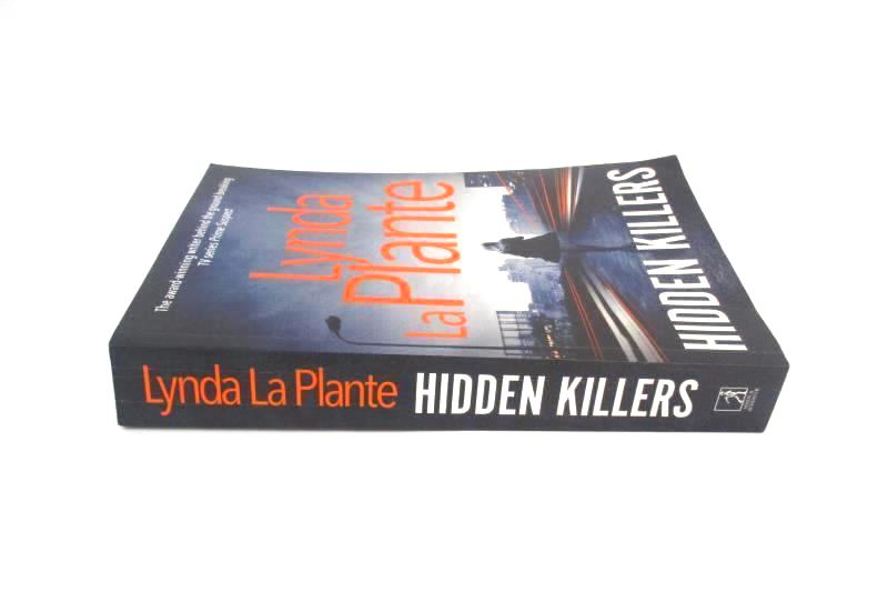 Hidden Killers by Lynda La Plante 2016 Simon & Schuster Paperback