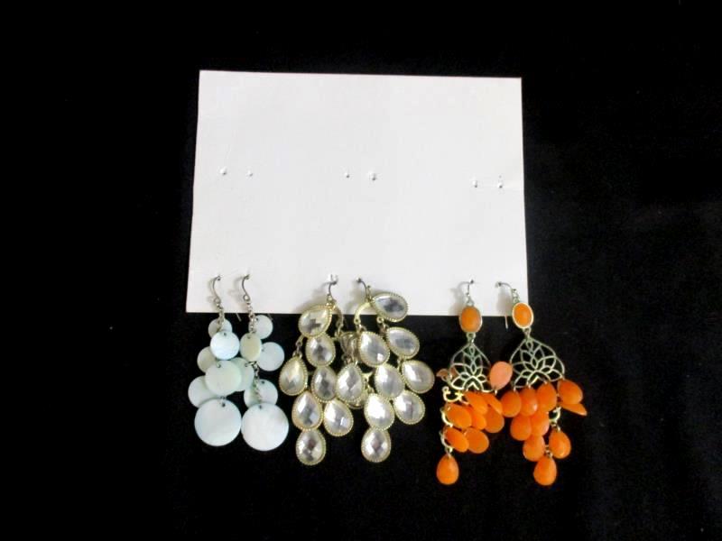 Lot of 8 Pairs Dangle Earrings Multi Color Plastic Beads Rhinestone Pink Black