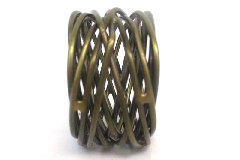 Set of 2 Metal Napkin Rings Holders Brass Painted Wrapped Wire Look Table Decor