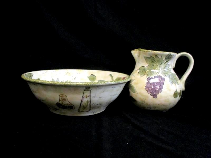Tabletops Unlimited Sorento Hand Painted Pitcher And Wash Bowl Set Grapes