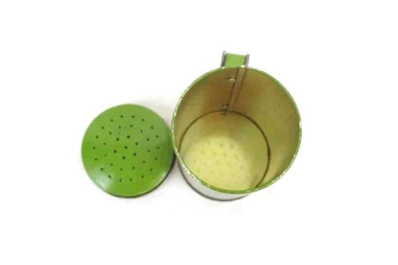 Vintage Elton Kirby's Pepper Shaker Tin Green