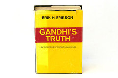 1969 Hardbound Book GANDHI'S TRUTH by Eric H. Erikson